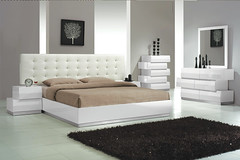 "4583 TUFTED KING BED • <a style=""font-size:0.8em;"" href=""http://www.flickr.com/photos/43749930@N04/6939410398/"" target=""_blank"">View on Flickr</a>"
