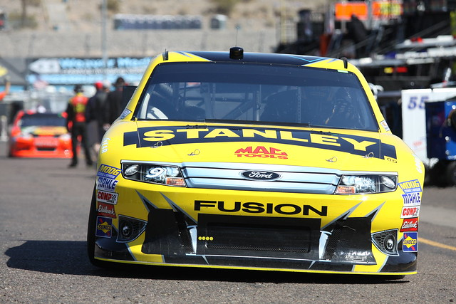 2012 marcos ambrose 9 stanley ford fusion mactools nascar sprintcupphoenix track garage racing sim front clip grill headlights splitter bumper