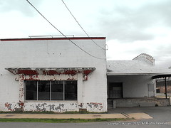 Flemington, NJ---Need ID (Peachhead (1,000,000 views!)) Tags: brick abandoned newjersey empty nj vacant unknown huge boardedup northmainstreet hunterdoncounty flemingtonnj flemingtonjunction