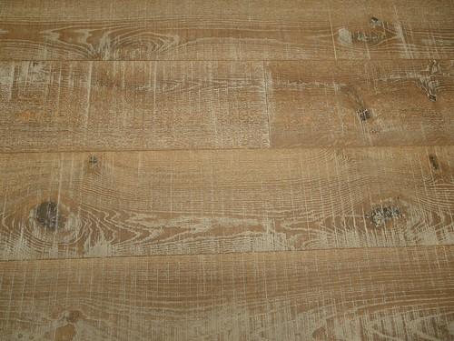 Roble rústico con corte de sierra Cottage