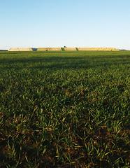 Strichkommapunkt (IamBen.) Tags: nature landscape feld baustelle gelb l grn landschaft rohre