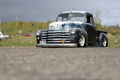 Chevrolet 1950 pickup truck (Drontfarmaren) Tags: pictures classic chevrolet truck spring gallery sweden pics pickup american meet 1950 bilder 2012 örebro kumla gallei kvarntorp springmeet ytongbanan