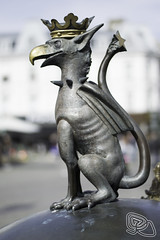 Griffin  img123 (Ricky Sahlstrom / risswe.com / on-off) Tags: statue photoshop photo nikon foto sweden cc gustav adobe nikkor 18 adolf torg malm ricky griffin malmo lightroom d3200 sahlstrm sahlstrom