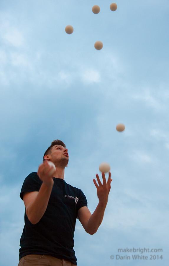 Jugglers 073