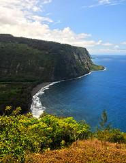 Waipio Valley - I (Anders Magnusson) Tags: road hawaii nikon hike thebigisland steep waipio waipiovalley andersmagnusson