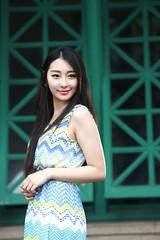 DP1U0179 (c0466art) Tags: light portrait girl beautiful smile face female canon pose nice eyes asia pretty action sweet outdoor gorgeous goddess taiwan joan figure lovely charming elegant wu  1dx c0466art