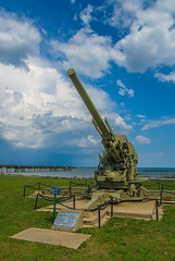 M1A1 Skysweeper (WW2) (Pedro1742) Tags: cannon metal wwii sky clouds blue pier history