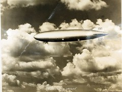 Zeppelin (San Diego Air & Space Museum Archives) Tags: aircraft aviation zeppelin airship hindenburg dirigible lighterthanair luftschiff dzr dlz129 lakehurstnas lz129 deutschezeppelinreederei luftschiffbauzeppelin deutscheluftschiffahrtsaktiengesellschaft delag zeppelinlz129 lz129hindenburg luftschifflz129