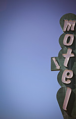 Grove Motel (TooMuchFire) Tags: signs typography neon motel font americana canon5d roadsideamerica gardengrove neonsigns motels arrowsigns oldsigns vintagesigns vintageneonsigns oldmotels oldneon motelsigns vintagetype vintagetypeface vintagetypography grovemotel canon5dmarkii toomuchfire 9821gardengroveblvdgardengroveca