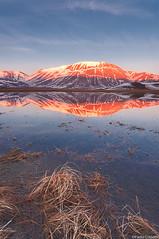 Monte Vettore (Corsaro078) Tags: sunset mountain snow reflection water landscape tramonto neve montagna paesaggio riflesso montevettore castellucciodinorcia piangrande