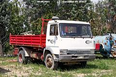 T - IVECO  109/14 (marvin 345) Tags: old italy classic truck vintage italia voiture historic camion oldtimer trucks iveco vecchio epoca storico vecchia veneto autocarro cavallino vecchie storiche iveco10914