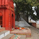 "Sadhu Sleeping at Shrine <a style=""margin-left:10px; font-size:0.8em;"" href=""http://www.flickr.com/photos/14315427@N00/6879281651/"" target=""_blank"">@flickr</a>"