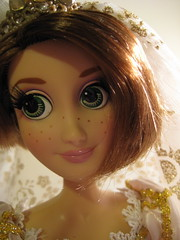 Pretty Brown Hair (scarlett1854) Tags: disney rapunzel tangled disneyprincess disneydoll limitededitiondoll tangledeverafter rapunzelwedding rapunzelshorthair