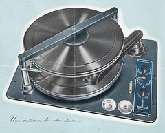PAILLARD Record Changer Folder Model Multidisc (Switzerland 1950)_1 (MarkAmsterdam) Tags: old classic sign metal museum radio vintage advertising design early tv portable colorful fifties arm tsf mark ad tube battery engineering pickup retro advertisement collection plastic equipment deck tape changer electronics era record handheld sheet catalog booklet collectible portfolio recorder eames sales electrical atomic brochure console folder tone forties fernseher sixties transistor phono phonograph dealer cartridge carradio fashioned transistorradio tuberadio pocketradio 50's 60's musiktruhe tableradio magnetophon plaskon 40's kitchenradio meijster markmeijster markamsterdam coatradio tovertoom