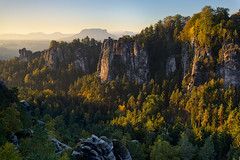 Sunny Morning (Dietrich Bojko Photographie) Tags: morning light germany deutschland europe saxony elbsandsteingebirge saxonyswitzerland dietrichbojko