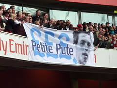 Samir Nasri = Petite Pute = Little Whore (wonker) Tags: city man game london english ball manchester football team grove stadium soccer north emirates match samir islington highbury arsenal footy league petite pute premiership ashburton gunners ashburtongrove emiratesstadium northlondon premierleague epl nasri englishpremierleague samirnasri thepremiership arsenalvsmanchestercity petitepute