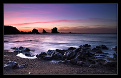 Luz robada a la noche (Jespil) Tags: sunset sea espaa seascape beach clouds marina mar spain rocks asturias playa nubes ocaso cudillero rocas playadelsilencio canoneos7d mygearandme mygearandmepremium mygearandmebronze mygearandmesilver