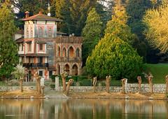 Sesto Mansion (Fabio Montalto) Tags: trees italy river ticino mansion lakescapes sestocalende nikond200 nikon55200 capturenx2 wagman30 fabiomontalto