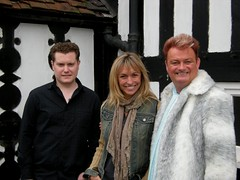 Outside the Four Crosses, one of Britains most haunted public houses (Mystic Ed & Fluffy) Tags: television haunted ghosts a5 hauntings watlingstreet televisionseries fourcrosses bruceburgess michaelastrachan britainsgreatestghosts