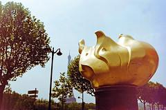 Flamme de la Libert (Gijlmar) Tags: paris france film frankreich europa europe pentax k1000 frana pentaxk1000 frankrijk filme prizs francia francie parijs pars parigi analogic analgico avrupa fransa evropa pary eurooppa francja eurpa franciaorszg    fotoanalgica frana    kodak1007