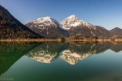 Heiterwanger See - Thaneller Mountain (MC-80) Tags: mountain lake alps reflections austria see tirol österreich spiegelung tyrol mountaintop lechtaleralpen thaneller heiterwang heiterwangersee