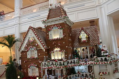 Gingerbread at Grand Floridian 2 (krisjaus) Tags: disney gingerbreadhouse waltdisneyworld portorleansriverside fortwildernesslodge krisjaus thegrandfloridian richardatthegrandfloridian