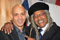 Juan de Marcos & Yaure Muniz (Afro-Cuban All Stars) Tags: afrocubanallstars afrocubanjazz afrocuban afrocubanallstarsxcubanmusicxlatinjazzxjuandemarcosxgliceriagonzalezxlauralydiagonzalezxsonxsalsax