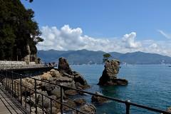 verso Portofino (Irene Grassi (sun sand & sea)) Tags: sea italy clouds walking rocks italia nuvole mare hiking liguria portofino golfo scogli santamargheritaligure laspezia passeggiata escursione tigullio golfodeltigullio