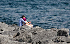 Love on the shores of the sea (zaid_alwttar) Tags: sea love water turkey ngc istanbul shores