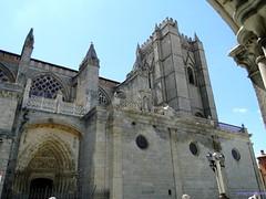 vila (santiagolopezpastor) Tags: espaa church spain cathedral gothic iglesia medieval espagne middleages castilla vila castillaylen gtico provinciadevila