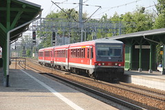 DB Regio 628.656 + 628.657 , Wrocław Leśnica train station 29.05.2016 (szogun000) Tags: railroad station train canon tren diesel poland polska rail railway db special passenger trem treno e30 wrocław pkp motorcar dmu pociąg railbus поезд 5826 lowersilesia dolnośląskie szynobus dolnyśląsk dbregio specjalny class628 wrocławleśnica canoneos550d canonefs18135mmf3556is 628656 d29275 pociągdokultury