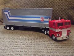 Transformers Optimus Prime (rutaloot) Tags: truck camion transformers g1 takara optimusprime cabover