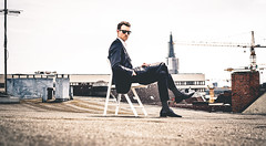 Charlie. On the roof. (Sophist_) Tags: roof sunglasses hamburg shades suit dach sonnenbrille anzug