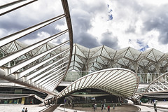 Gare do Oriente - Lisbon (Pjotre7 (www.maartenvandevoort.nl)) Tags: city travel santiago architecture photo lisbon calatrava lissabon santiagocalatrava 2016 garedooriente a7r pjotre7 lisbo