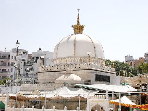 A beautiful picture of dargah ajmer shrine of hazrat khwaja a beautiful picture of dargah ajmer shrine of hazrat khwaja moinuddin hasan chishti altavistaventures Choice Image