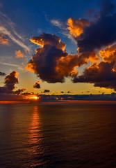 A little big star (_Massimo_) Tags: sunset italy cloud tramonto nuvola liguria camogli massimostrazzeri ziomamo gettyapr2012priv