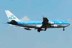 "KLM Royal Dutch Airlines Boeing 747-406 PH-BFR  MSN 27202 ""Rio de Janeiro"" (Jimmy LWH) Tags: aircraft boeing klm flugzeug kl boeing747 747 avion 747400 sigma100300mm vliegtuig boeing747400 pvg aeroplano skyteam 747406 波音 ex100300f4 zspd phbfr 天合联盟 lwh1988 荷兰皇家航空 29jul2011zspd msn27202"