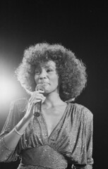 Whitney 1963-2012 (wyvernfm) Tags: england music white black london female europe unitedkingdom britain personality pop photograph american soul singer microphone fr c1 15659 huty formatportrait 83740 27a28 huty1565943