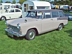 45 Austin A60 Estate (1968) (robertknight16) Tags: austin british 1960s bmc worldcars 194570