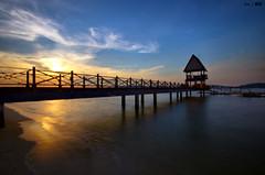 Sunset @Changi Beach #1 (Ken Goh thanks for 2 Million views) Tags: bridge blue sunset sky sun reflection beach water golden changi broadwalk dblringexcellence tplringexcellence