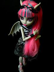 Rochelle Goyle (ZombieliciousX) Tags: dolls monsterhigh rochellegoyle