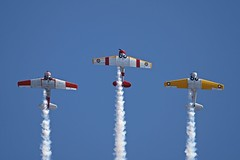 Southern Knights (joolsgriff) Tags: harvard australia airshow texan t6 snj northamerican tyabb vhnah southernknights vhnzh vhxsa