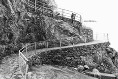 Manarola (gilbertotphotography.blogspot.com) Tags: sea italy panorama sun holiday seascape landscape italia mare view liguria cinqueterre sole manarola vacanza paesaggio laspezia 5terre