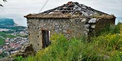 casa senza tetto (Fondacarfoto) Tags: casa tetto senza