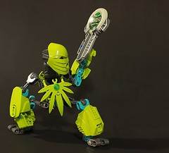Squat (Maqdaddio) Tags: cute robot lego trans bionicle mecha moc tamaru bzpower