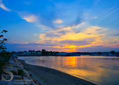 Sunset on the rocks (Singing With Light) Tags: 2016 28th alpha6000 gulfbeach milford mirrorless morningstroll ny nyc singingwithlight sonya6000 beach connecticut may photography pond singingwithlightphotography sony sony16mm28 sunset
