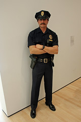 Policeman, by Duane Hanson (JB by the Sea) Tags: sanfrancisco california sculpture statue sfmoma financialdistrict sanfranciscomuseumofmodernart duanehanson june2016