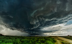 Tormenta sobre Roses 1 (juan luis olaeta) Tags: roses nature photoshop canon landscape panoramicas tormenta photomerge panos playas lightroom sigma1020 paisages canoneos60d cataalunya