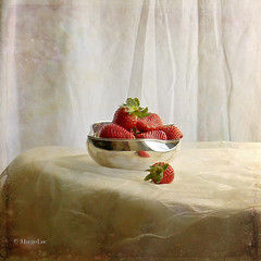 Still Life & Strawberries (MargoLuc) Tags: pink red stilllife texture heaven silverware strawberries bowl dlamamy platinumheartaward 2marzo magicunicornverybest magicunicornmasterpiece
