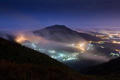 Foggy Mountain (Sharleen Chao) Tags: longexposure misty fog night landscape dawn spring twilight cityscape foggy taiwan taipei nightscene   citylight    aseaofclouds  wb3000k20